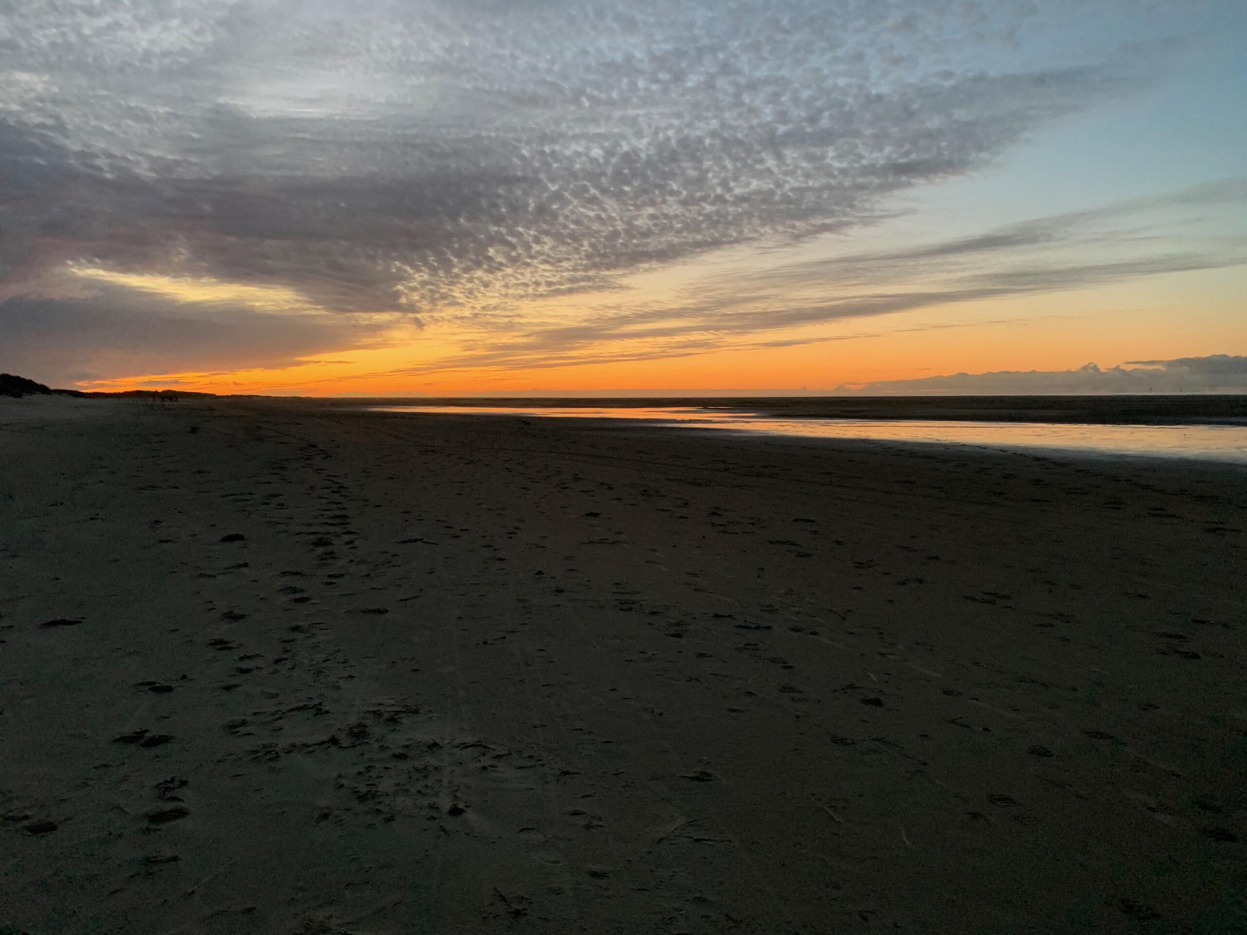 Borkumer Strand im Sonnenuntergang